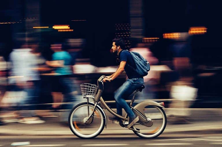 bicicletta elettrica city bike pieghevole