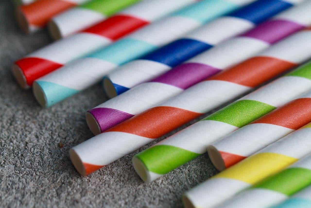 Cannucce biodegradabili: stop cannucce di plastica