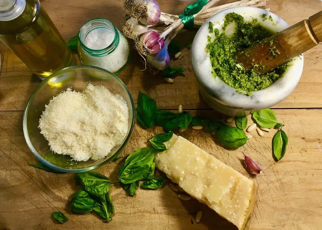 ingredienti originali pesto genovese dop ricetta tradizionale