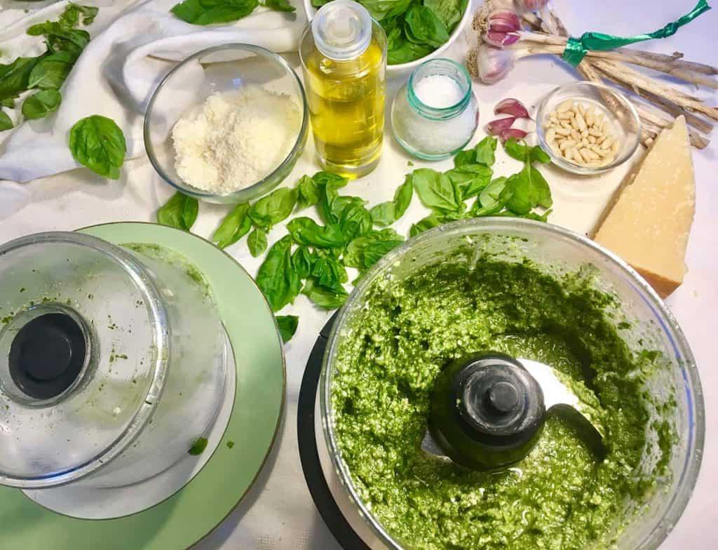 ricetta tradizionale pesto genovese dop
